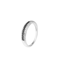 0.26ct diamonds & 9k white gold ring