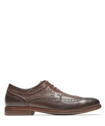 Brown leather wingtip Oxford shoes