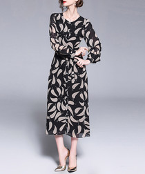 Black leaf print round neck midi dress
