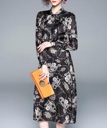 Greyscale chain print long sleeve dress