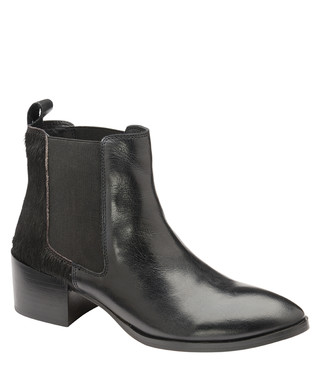 13c9da171c8 Black leather heeled Chelsea boots Sale - ravel Sale