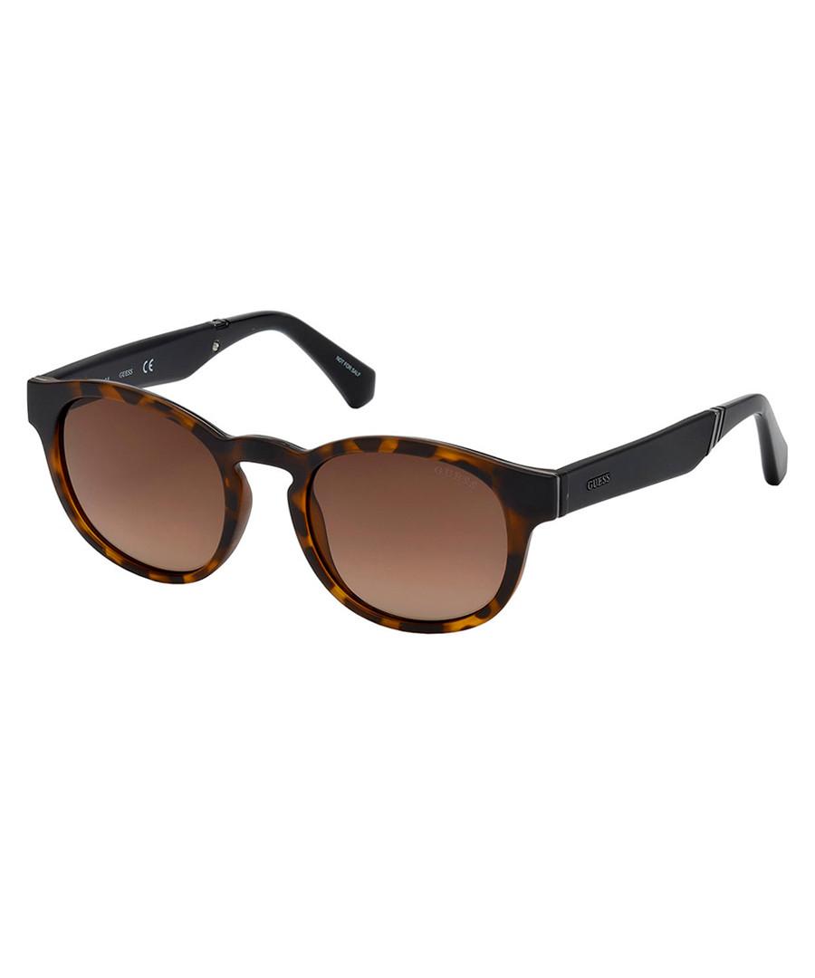 Tortoiseshell rounded D-frame sunglasses Sale - guess