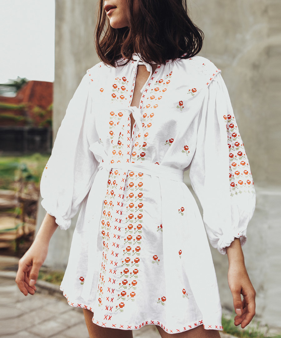 White pure linen embroidered smock dress Sale - INNIKA CHOO