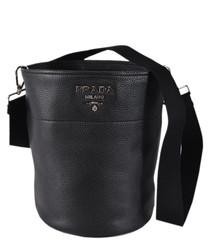 Vitello Daino leather bucket bag