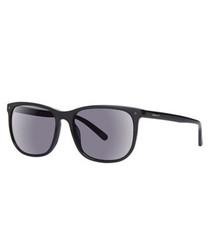 Black D-frame sunglasses