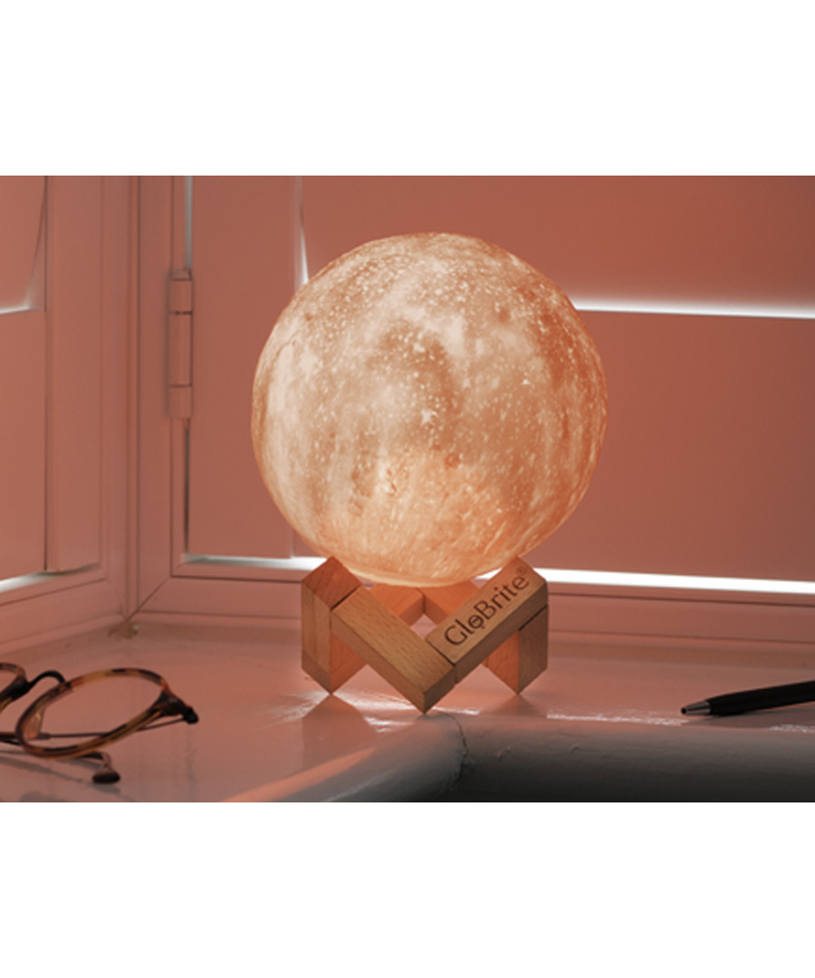 Globrite white 3D space lamp 8cm Sale - dynergy