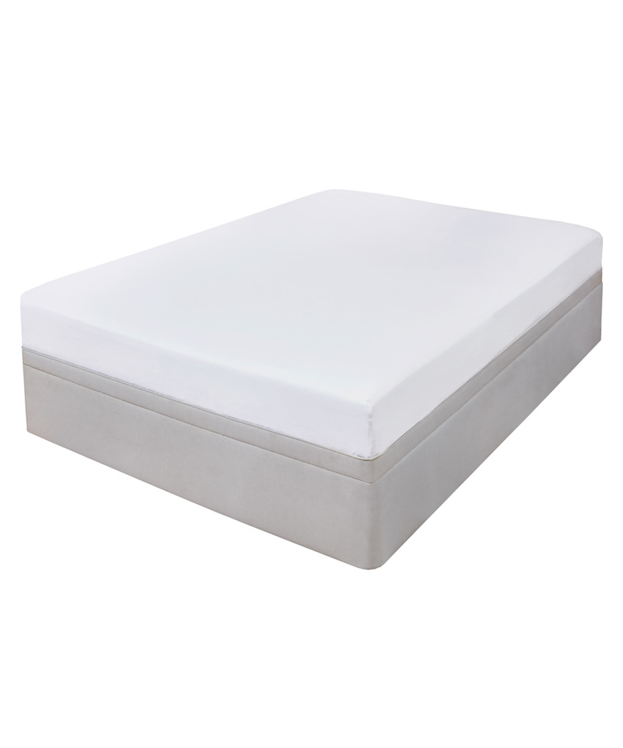 Flannelette white s.king fitted sheet Sale - highams