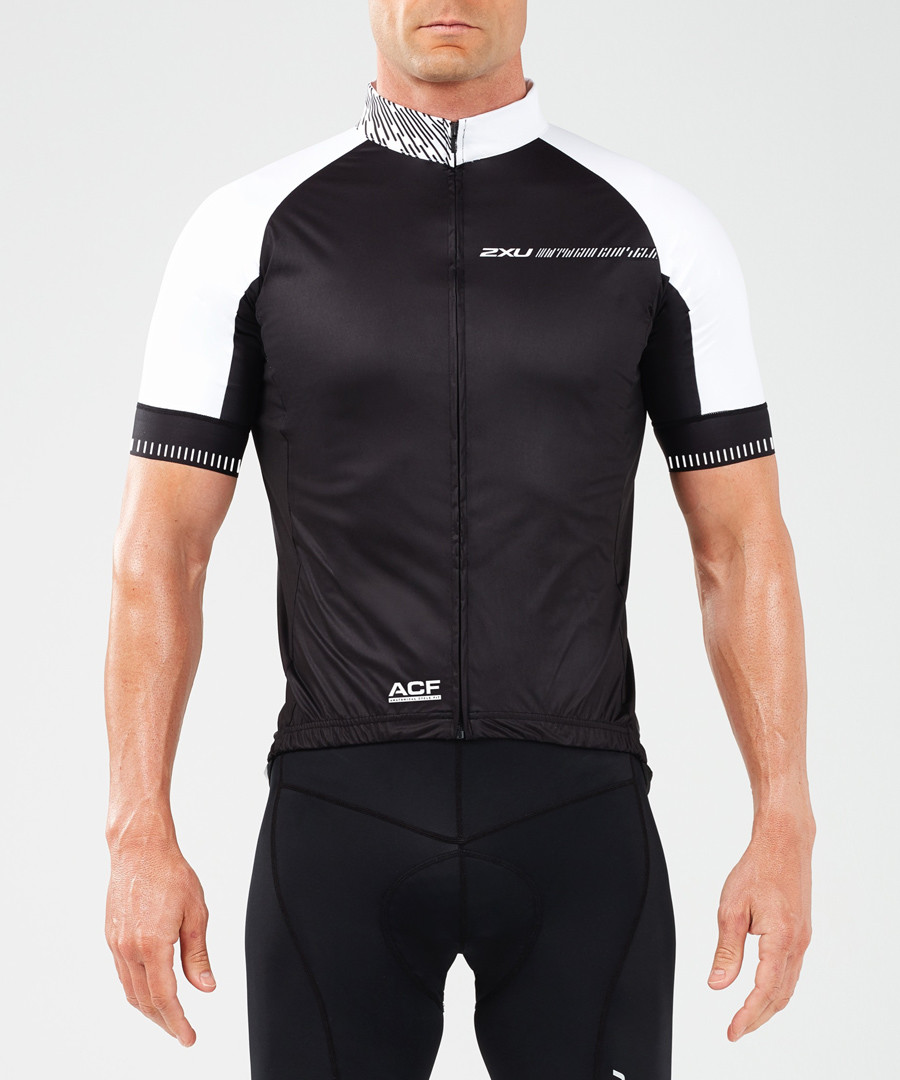 Aero Winter black cycling jacket Sale - 2XU