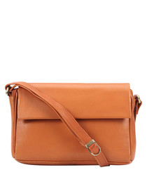 tan leather fold messenger bag