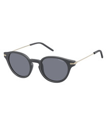 black rounded D-frame sunglasses
