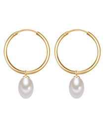 Yellow gold-plated pearl hoop earrings