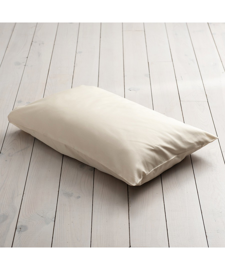 600 Thread Count HOUSEWIFE Pillowcase  - Ivory Sale - Bed and Bath Emporium