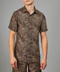 Leo animal printed short sleeve shirt